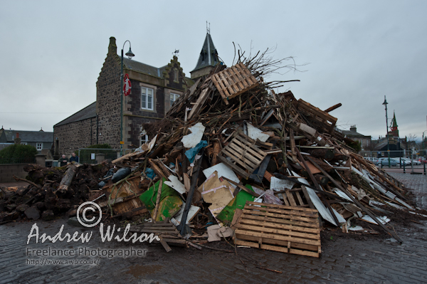 Biggar Bonfire 2010 - photo © Andrew Wilson - Freelance Photographer - 0845 833 0919