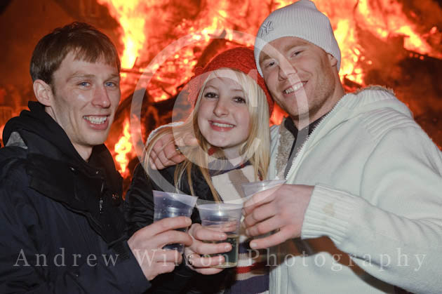 Biggar Bonfire 2008 - photo © ANDREW WILSON - all rights reserved